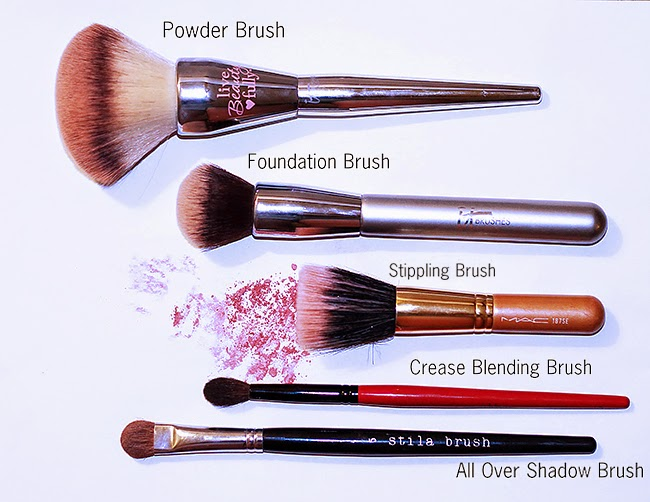 5 Makeup Brishes for Tool Kit