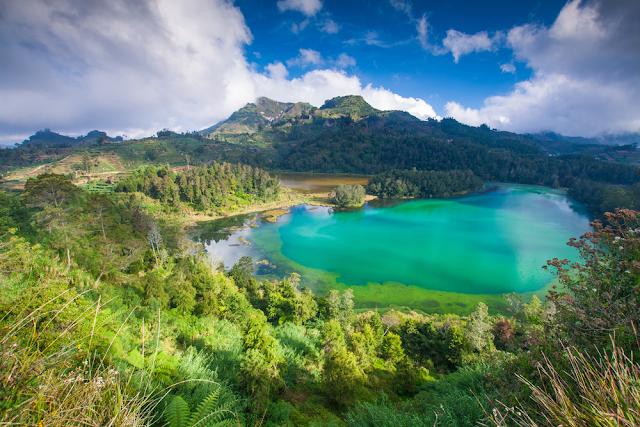 Danau Telaga Warna Bogor