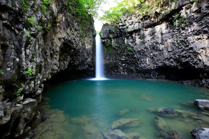 Jaein Falls in Yeoncheon-gun Hantan River