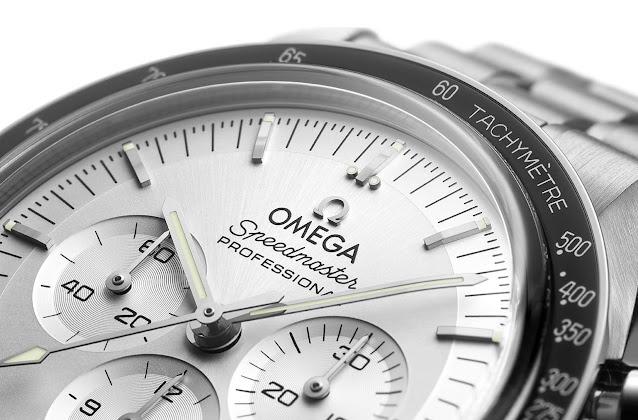 Omega Speedmaster Moonwatch in Canopus gold