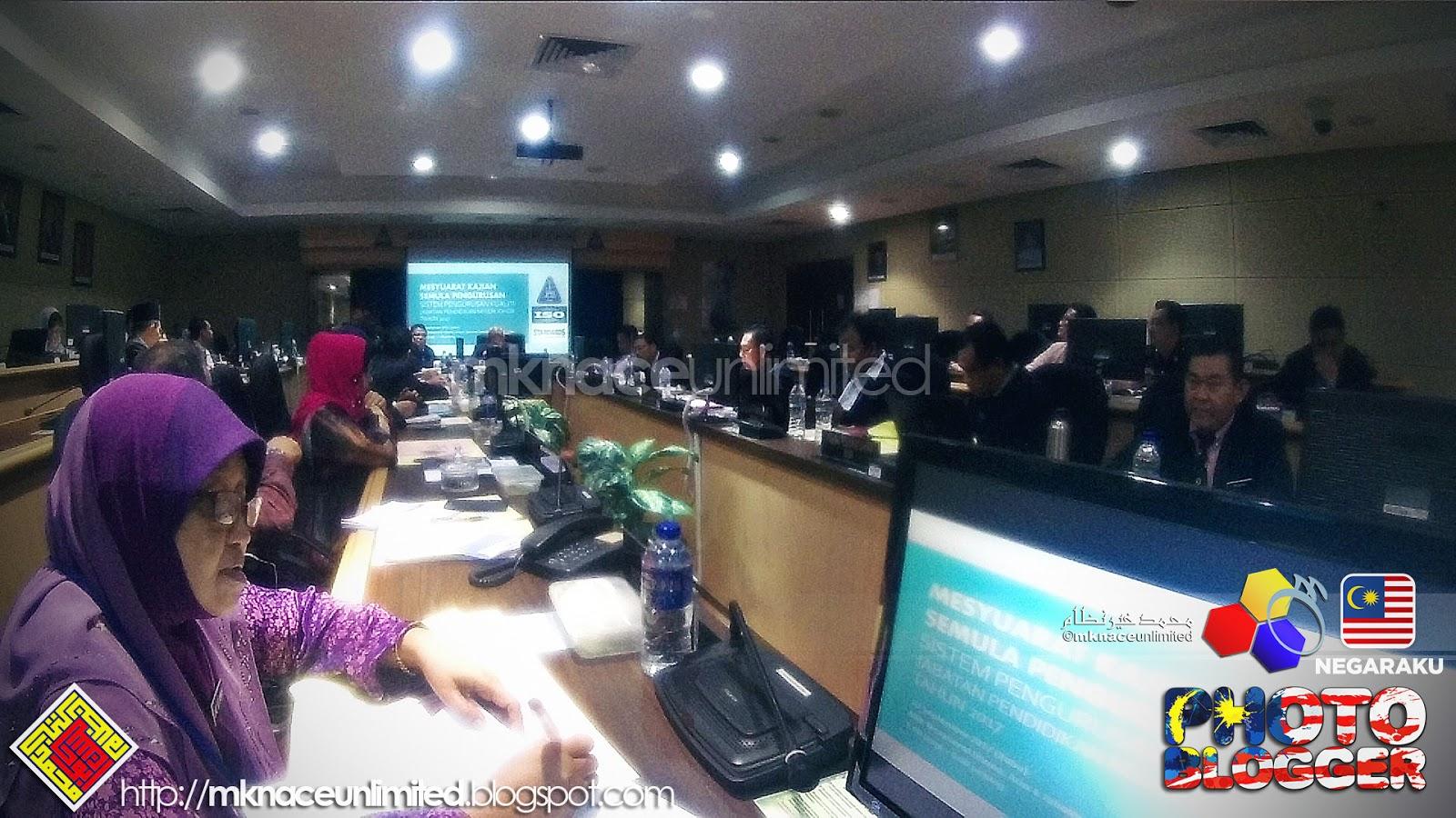 Mesyuarat Kajian Semula Pengurusan JPN Johor. Selesai di Bilik Mesyuarat  Utama sebentar tadi. Smooth. Ada sedikit pandangan diminta berkenaan sistem  yang ... 90788db14f