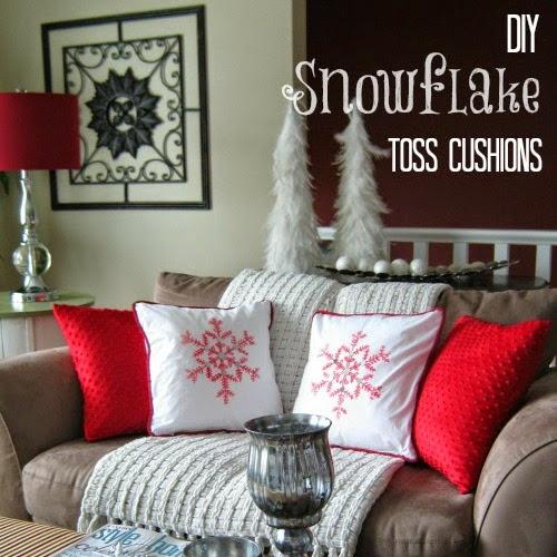DIY Snowflake Christmas Throw Pillows