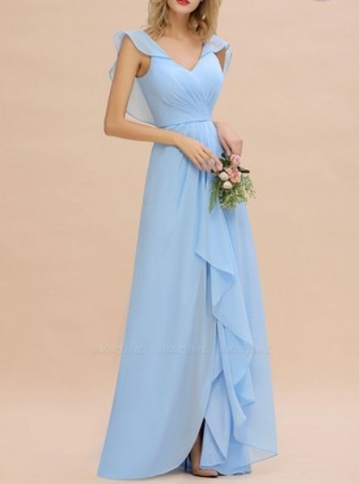 Hi-Lo V-Neck Ruffles Long Bridesmaid Dress– Price: US$ 99.00