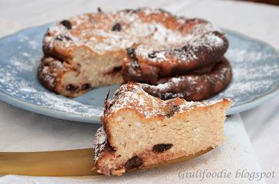torta di ricotta, zucchero, uova , cannella