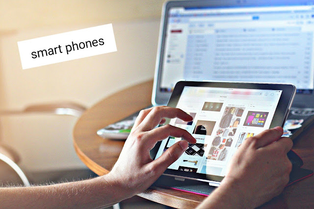 الهواتف الذكية (smart phones)وأنظمتها واستخدماتها وأهم  إصدراتها