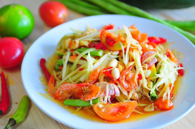 Thai Cuisine Som Tam Papaya Salad