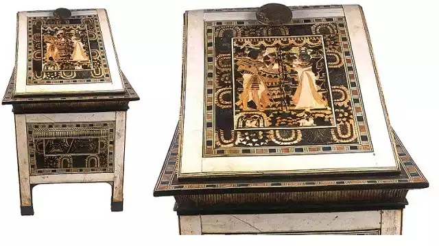 Box with Carved Scenes of King Tutankhamun and His Queen