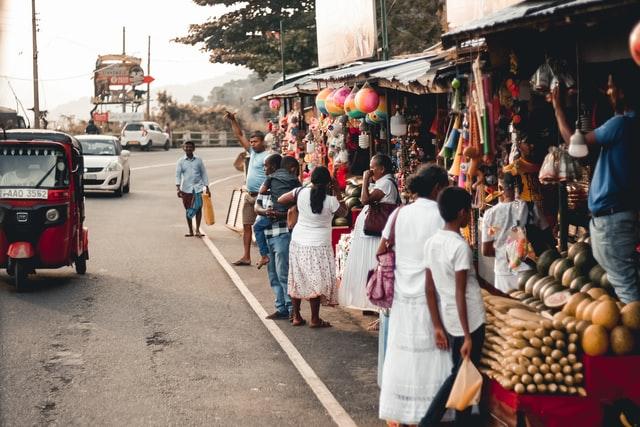 Relación entre el turista y la comunidad local