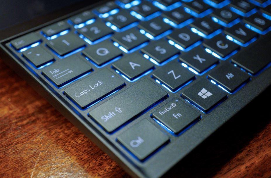 Performa Asus ZenBook Duo UX481