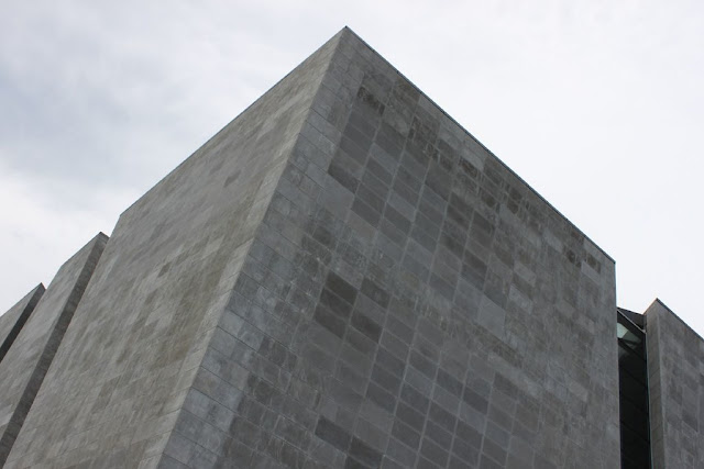 cemento-trasparente-Shanghai-expo-italy