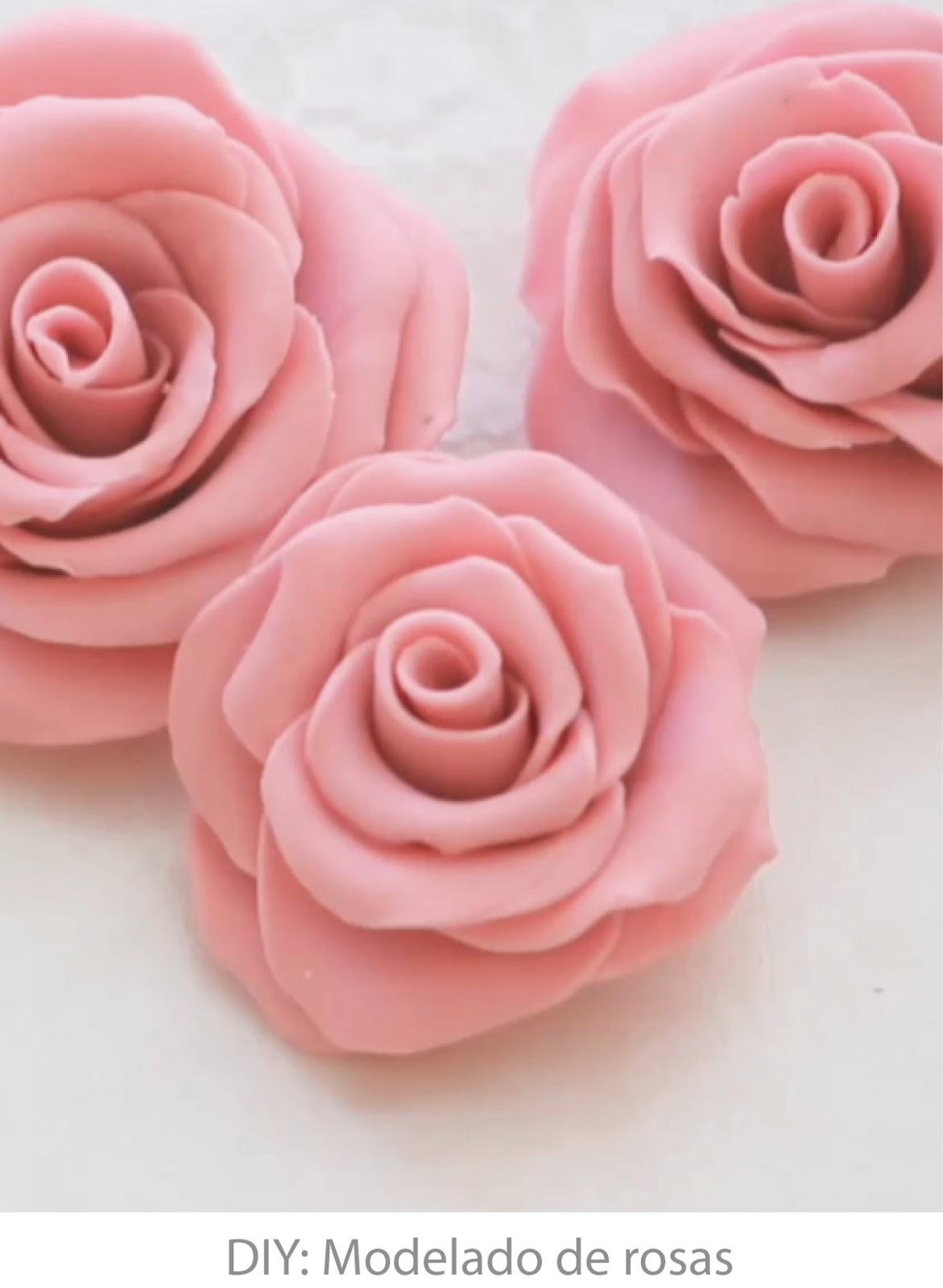 http://easychicmanualidades.blogspot.com.es/2013/10/modelado-de-rosas-para-fondant.html