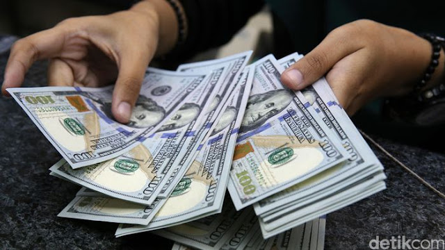 Tertinggi Tahun ini, Dolar AS Sentuh Rp 14.277