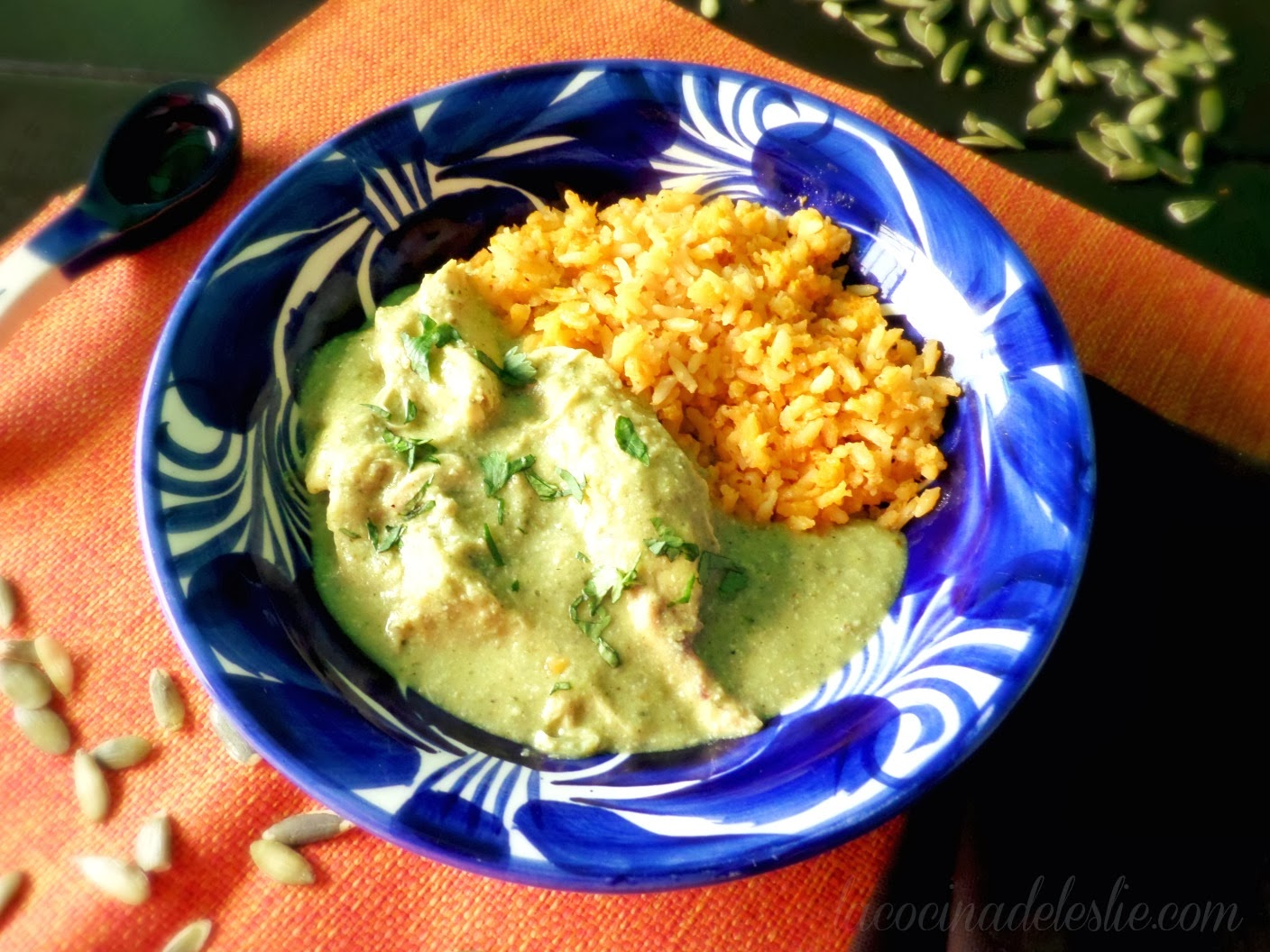 Chicken in Green Pipian Sauce - lacocinadeleslie.com