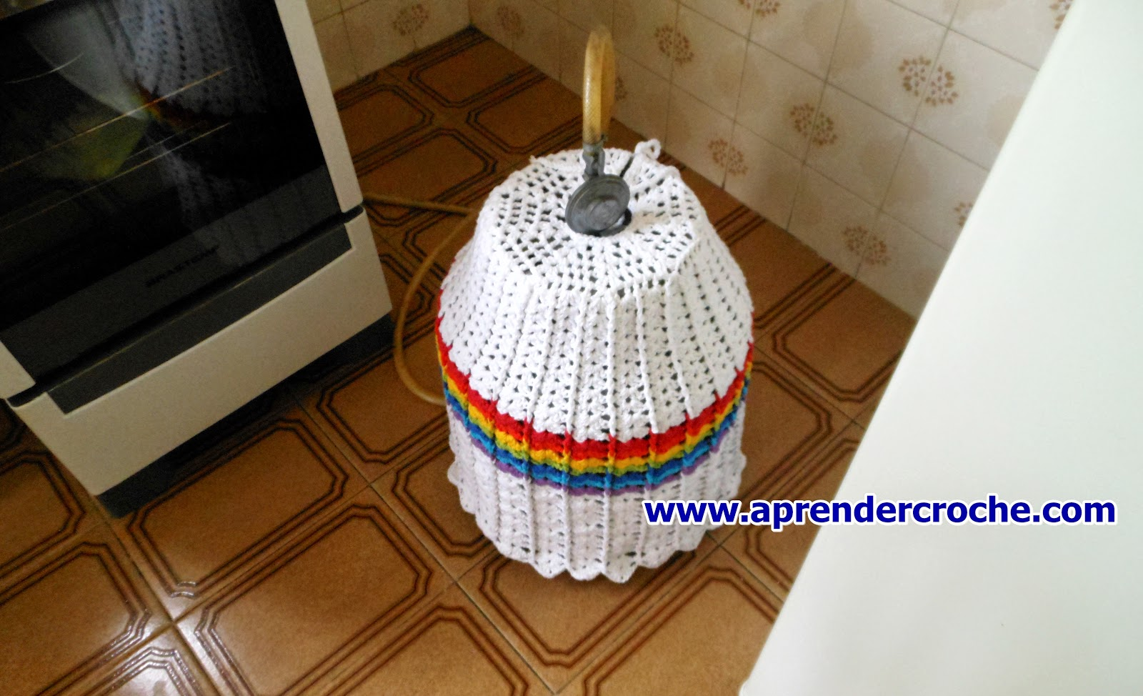 edinir croche ensina Como fazer essa linda capa de crochê para botijão de gás com edinir croche