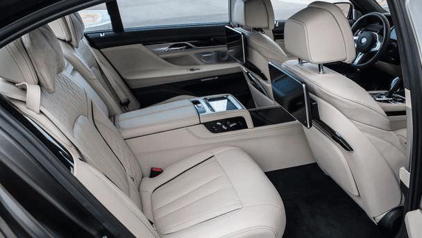 BMW M760i interior