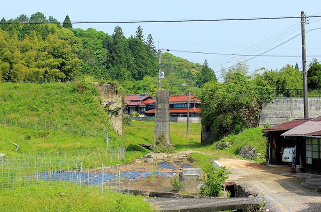 自然と一体化したトンネル。山口県の廃線跡「船木鉄道」を尋ねる【t】
