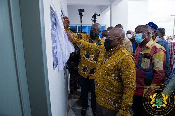 President Akufo-Addo Commissions Kintampo Court Complex; Feeder Roads Building In Prang