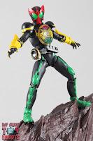 SH Figuarts Shinkocchou Seihou Kamen Rider OOO TaToBa Combo 30