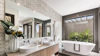 ¿Los dos baños de una casa deben decorarse igual?