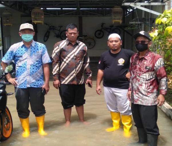 Beberapa Desa Terkena Luapan Banjir Cidurian, Pemerintah Kecamatan Cikande Cepat Ambil Tindakan