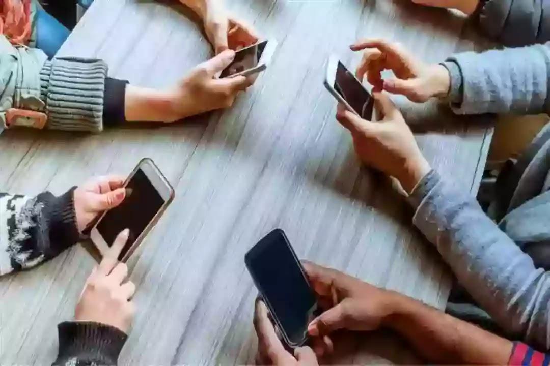 كيف تحمي نفسك من اشعاع الهاتف الخلوي