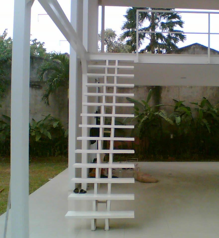 & 40 Model Tangga Kayu Minimalis dan Modern | Desainrumahnya.com