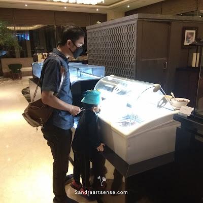 Pengalaman Ngabuburit dan Buka Puasa Bersama di Hotel Crowne Plaza Bandung