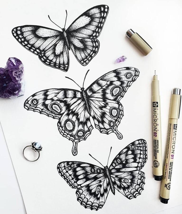 06-Butterflies-pattern-Marina-Tim-www-designstack-co