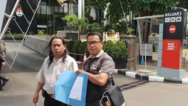 Ketua DPD Granko Asahan Ibnu Hajar Piliang dan Wakil Ketua Syafruddin Yusuf saat di kantor KPK.