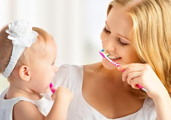 Begini Cara Perawatan Gigi dan Mencegah Gigi Berlubang Pada Anak