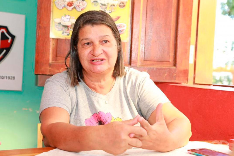 Dona Juju grande apoiadora do futebol feminino em Mato Grosso