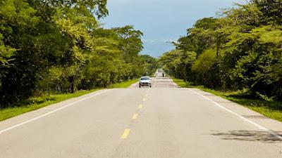 El gobierno nacional asegura la terminación de las vías que del Chocó conducen a Risaralda y Antioquia.