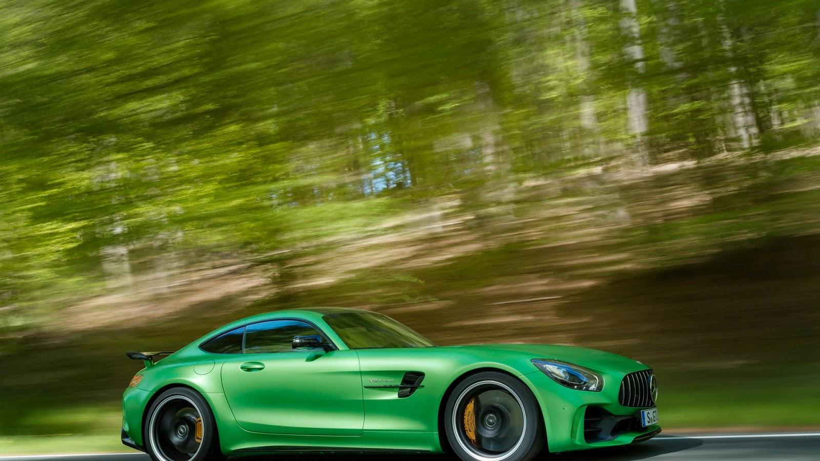 Mercedes-AMGGT-R-10