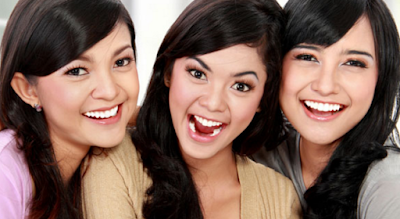 Proses Pemutihan Gigi