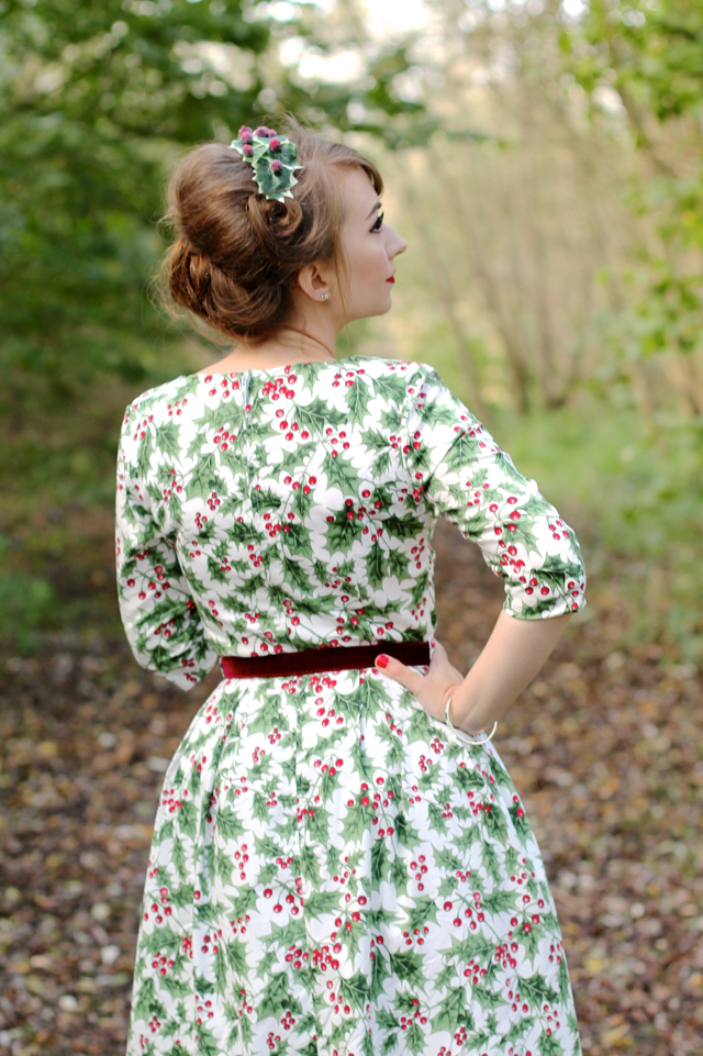 The Holly berry 50's dress by Hell Bunny review