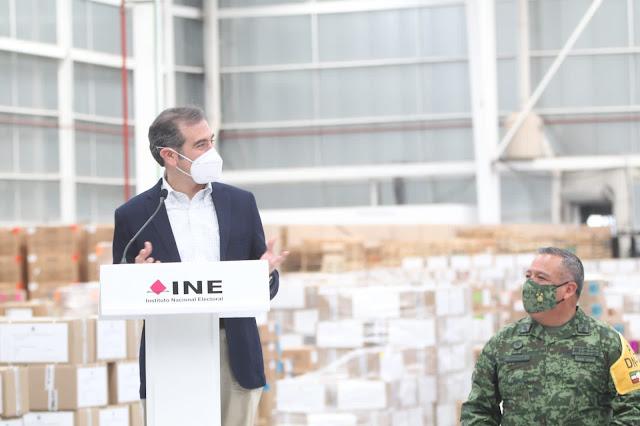 Las Fuerzas Armadas resguardan las boletas y las actas que se usarán el próximo 6 de junio.