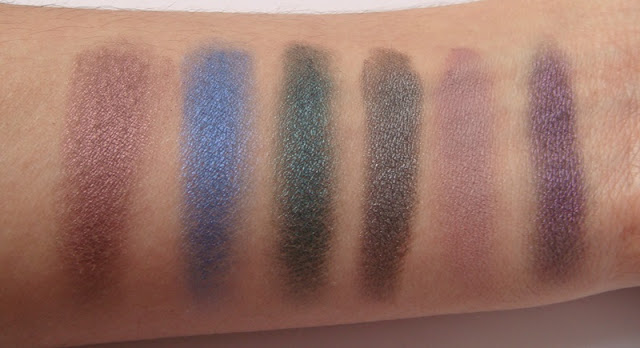 swatches hot smoked makeup revolution