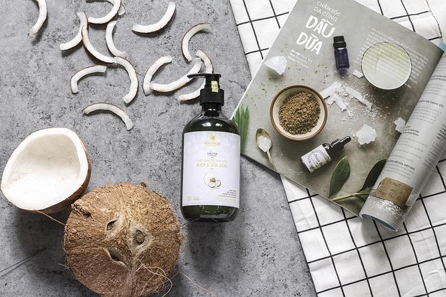 El aceite de coco es milagroso para regenerar y humectar la piel