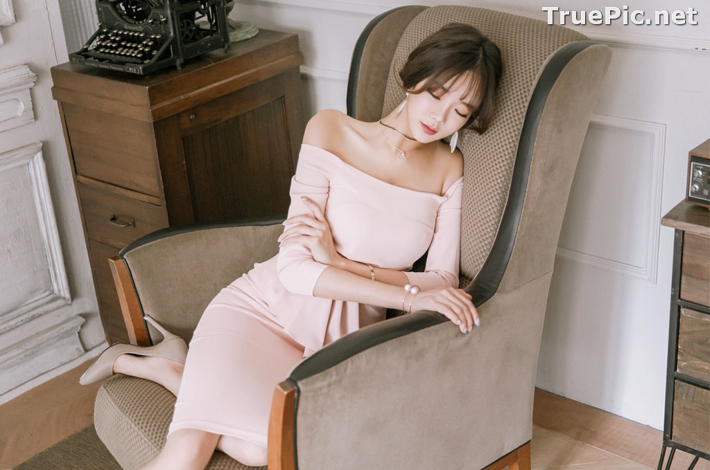 Image Korean Fashion Model - Kang Eun Wook - Slim Fit Bodycon Dress - TruePic.net - Picture-4