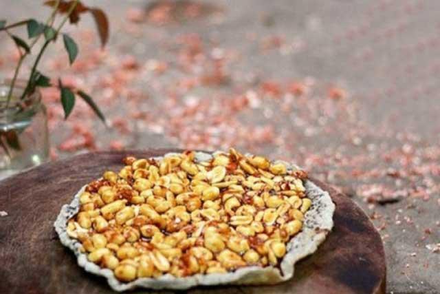 Kẹo đậu phộng Đà Nẵng