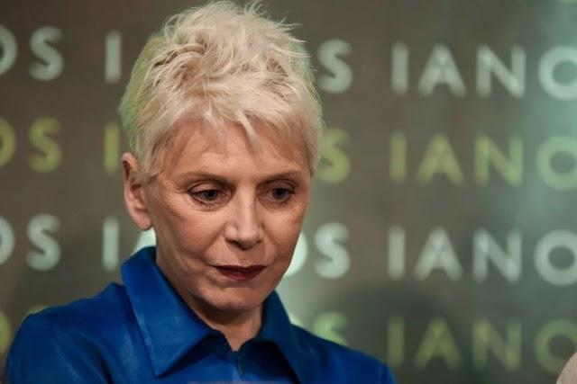 Έλενα Ακρίτα: Το καυστικό σχόλιο για την προφυλάκιση του Πέτρου Φιλιππίδη με… πρωταγωνίστρια τη Βάνα Μπάρμπα