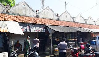 Aparat Gabungan TNI-Polri Tingkatkan Prokes Pada Masyarakat Di Bulan Ramadhan