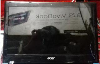 Cara Mengganti LCD NoteBook Acer D725