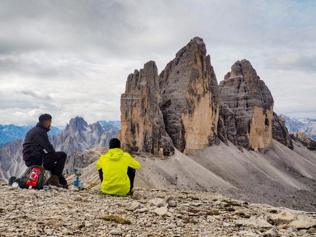 Manfaat Mendaki Gunung untuk Kesehatan Jiwa dan Raga