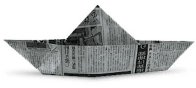 topi menggunakan kertas koran bekas www.simplenews.me