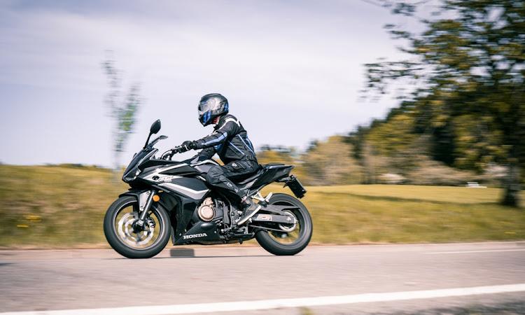 Astra Motor Kalbar Tingkatkan #Cari_aman Dengan Edukasi Safety Riding