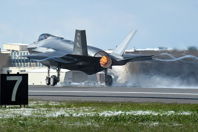 Hill fighter wings combat exercise