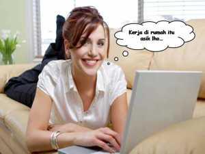 Kerja Dari Rumah Buka Travel Saja-image sarungpreneur.com