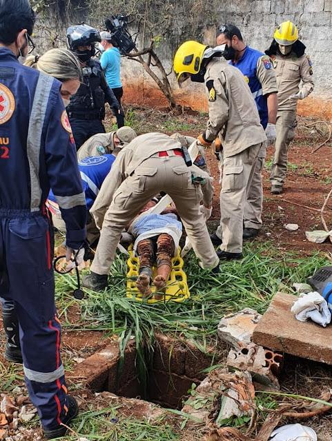 Mulher é agredida e abandonada em buraco com cerca de 3 metros de profundidade