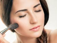 Tips Memilih Warna Blush On Agar Matching Dengan Warna Kulit